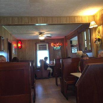 Photo Of Jake S Place Hamburg Pa United States Dining Area