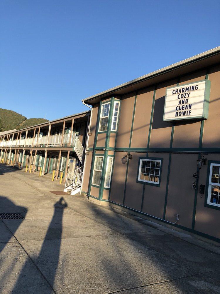Sweet Breeze Inn: 1627 NE 6th St, Grants Pass, OR