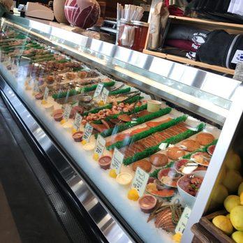 El pescador fish market restaurant 749 photos 530 for Fish restaurant la jolla