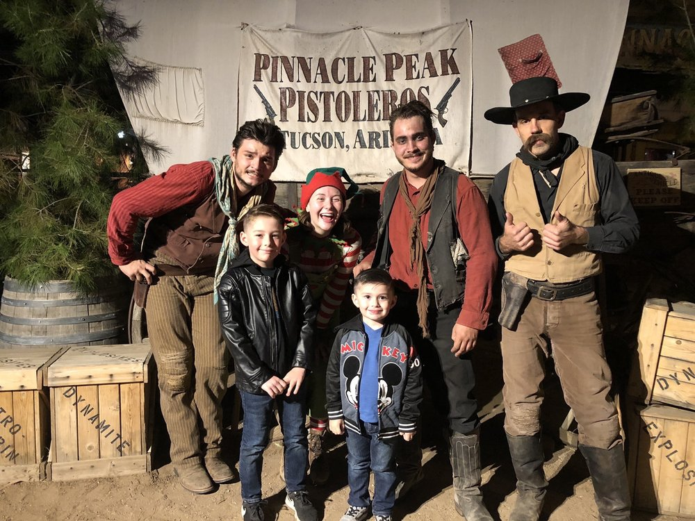 Pinnacle Peak Pistoleros Wild West Stunt Show