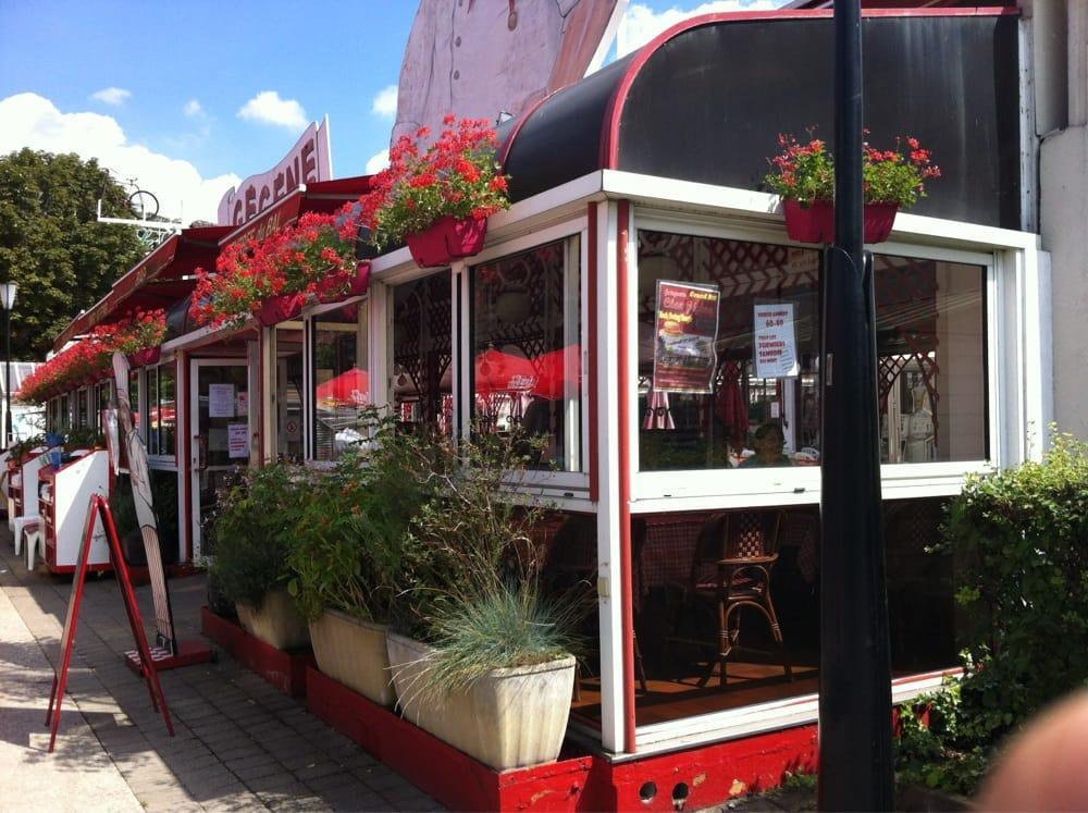 Chez g g ne 20 reviews french 162 bis all e des - Salon des gourmets joinville le pont ...