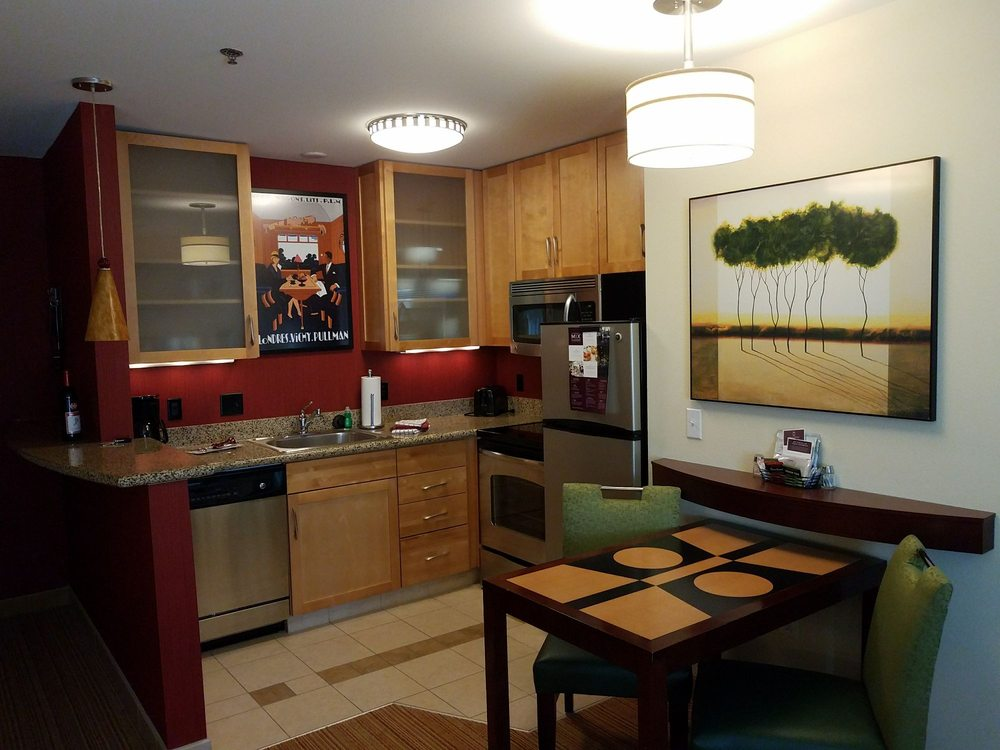 Residence Inn by Marriott: 517 W Central Entrance, Duluth, MN