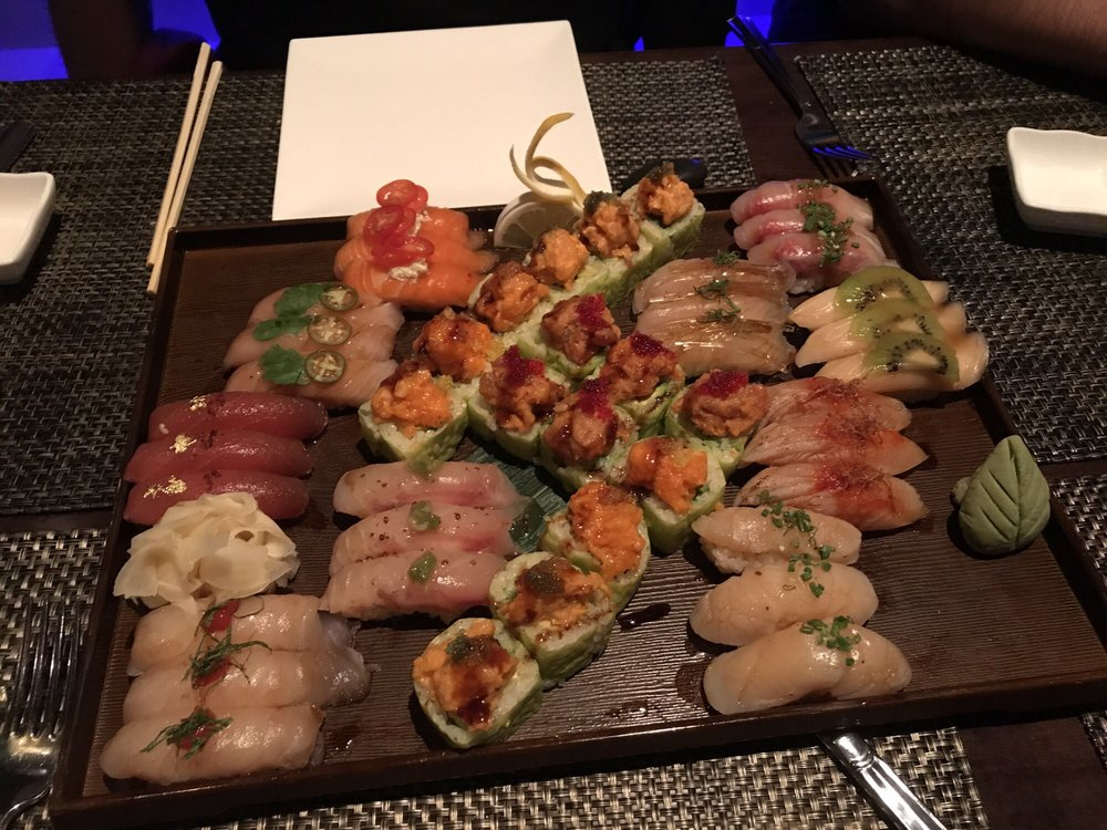 Red Lantern Sushi & Asian Kitchen: 9 W Mill Rd, Long Valley, NJ