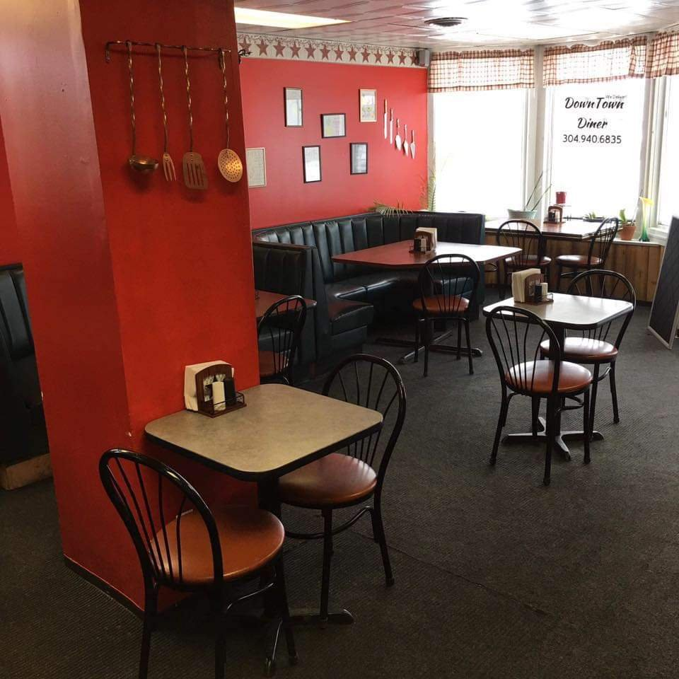 DownTown Diner: 1200 Harrison Ave, Elkins, WV