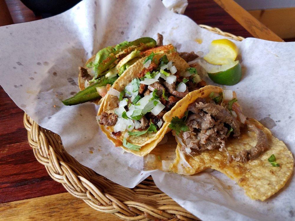 Aguila Con El Taco: 123 W 5th N, Burley, ID