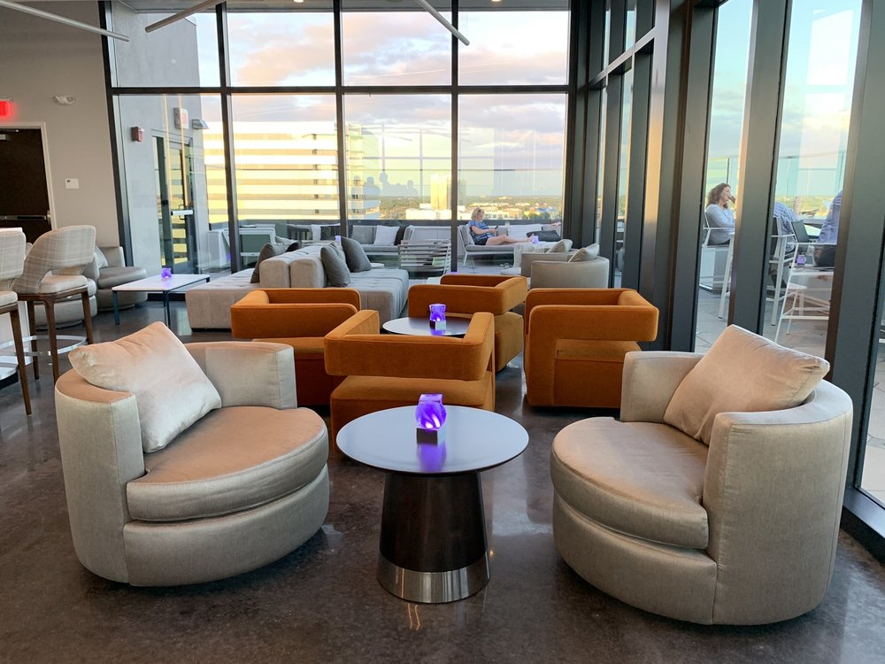 Rox Rooftop Bar: 2545 N Rocky Point Dr, Tampa, FL