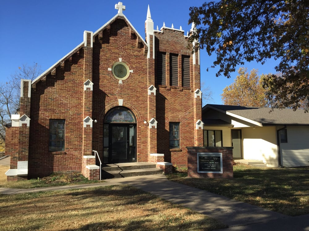 St. Anne's Catholic Church: 507 Main St, Shubert, NE