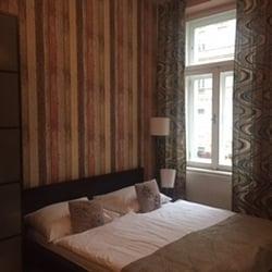 Royal Court Apartments Vacation Rentals Legerova 356 48 Praha 2