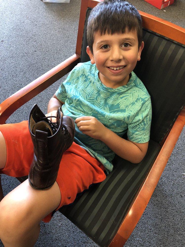 Ansley Shoes & Baggage Repair