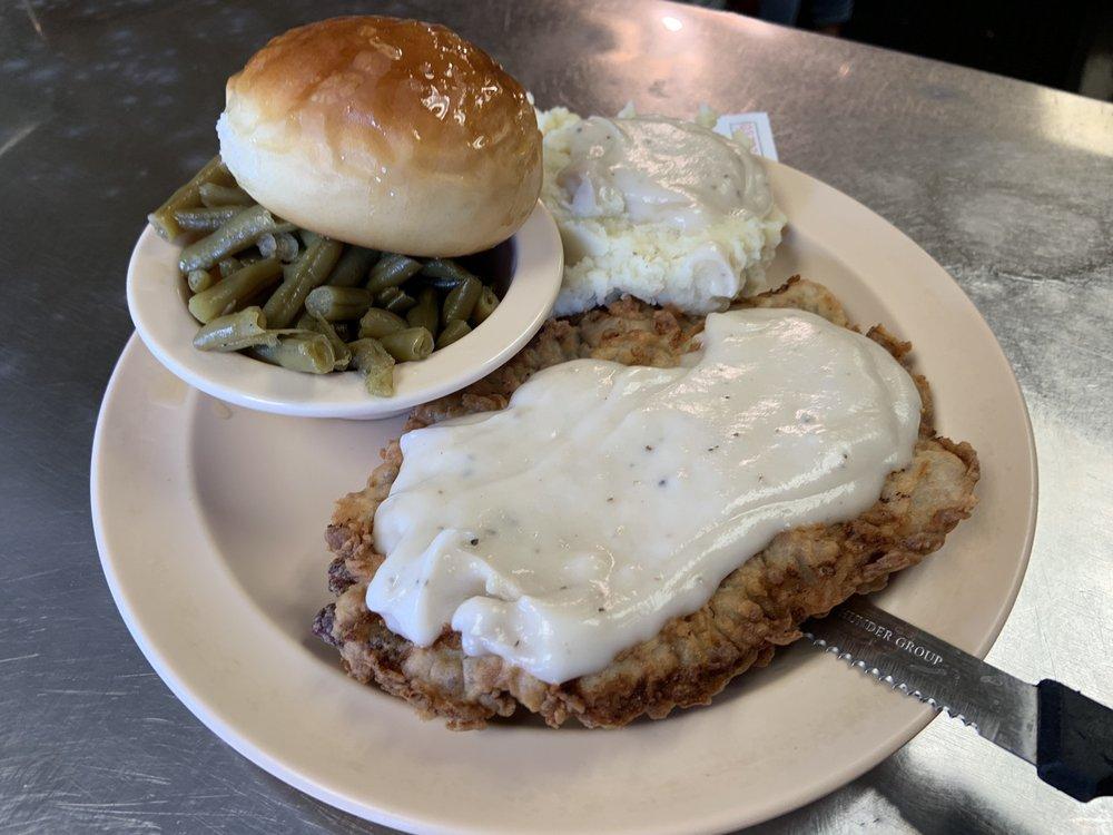 County Seat Cafe: 333 W 1st St, Groveton, TX