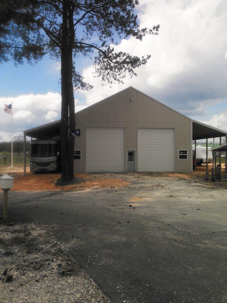 Parkers Crossroads RV Repair Service: 22580 Hwy 22 N, Yuma, TN