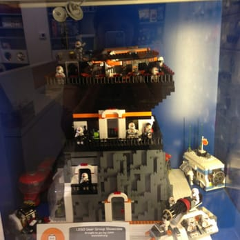 The Lego Store - 179 foto's & 78 reviews - Speelgoedwinkels - 1450 ...