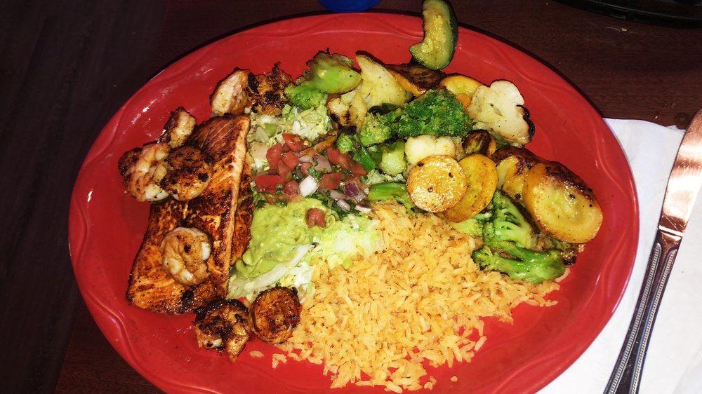El Mariachi Mexican Restaurant: 1694 S Church St, Watertown, WI