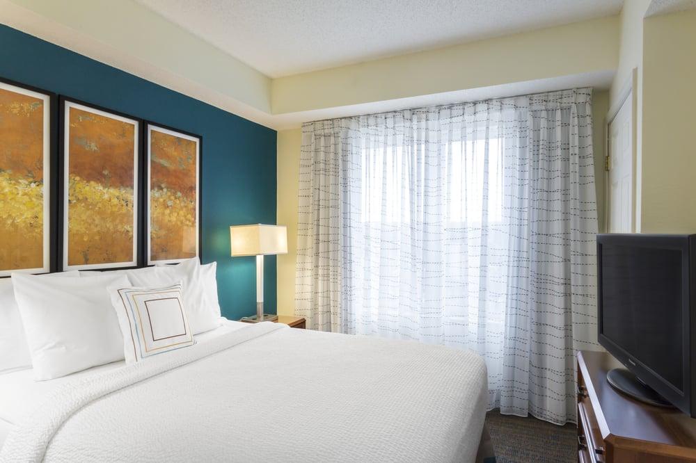 Get A Good Night's Sleep In Marriott's Signature Bedding