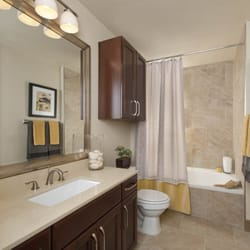 Gables Uptown Trail - 32 Photos & 25 Reviews - Apartments - 2525 ...