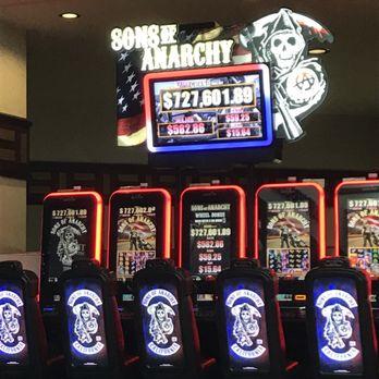 Gambling age foxwoods resort standish casino