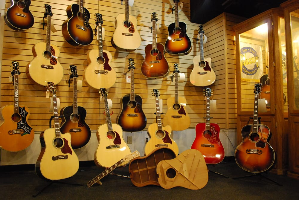guitar showcase 26 photos musical instruments teachers cambrian park san jose ca. Black Bedroom Furniture Sets. Home Design Ideas