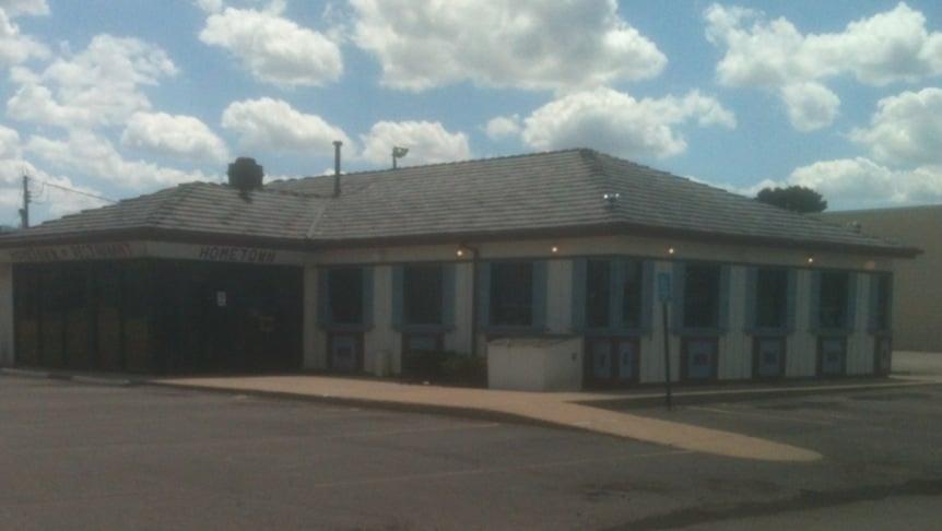 Home Town Family Restaurant: 1109 N Detroit St, Lagrange, IN