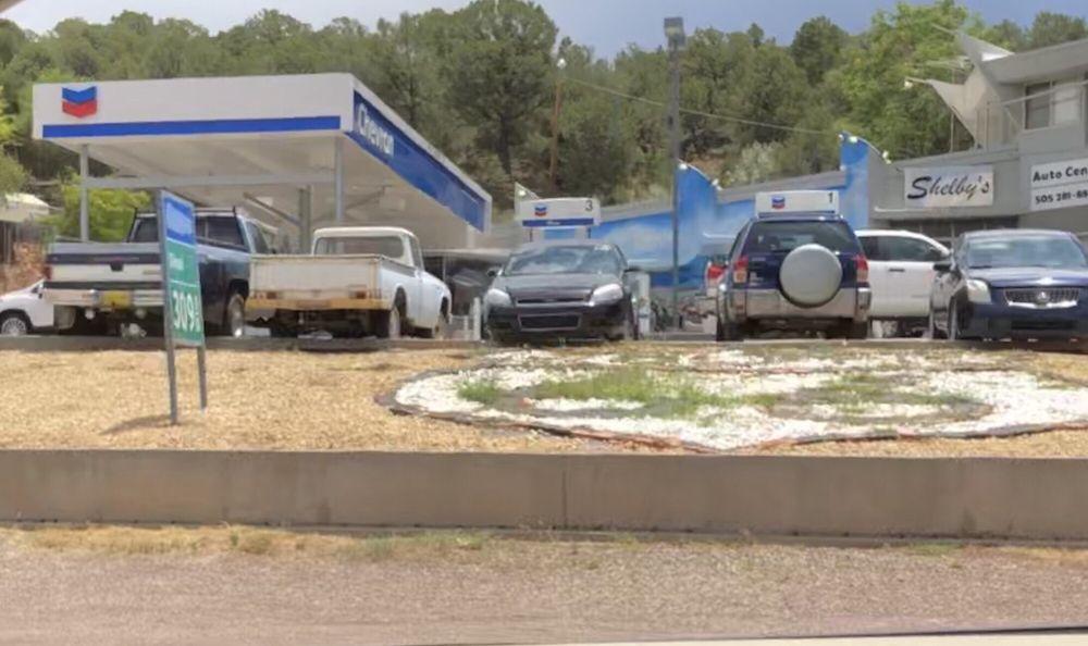 Shelby's Auto Center: 844 NM-333, Tijeras, NM