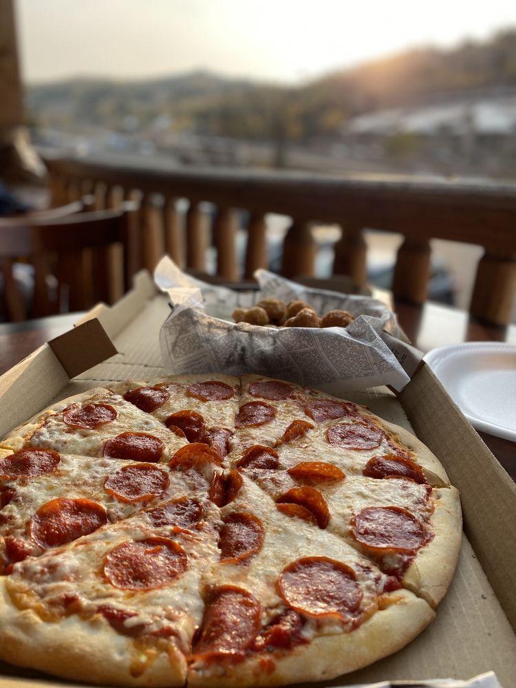 Pizanos Pizzeria: 259 S Village Way, Brian Head, UT