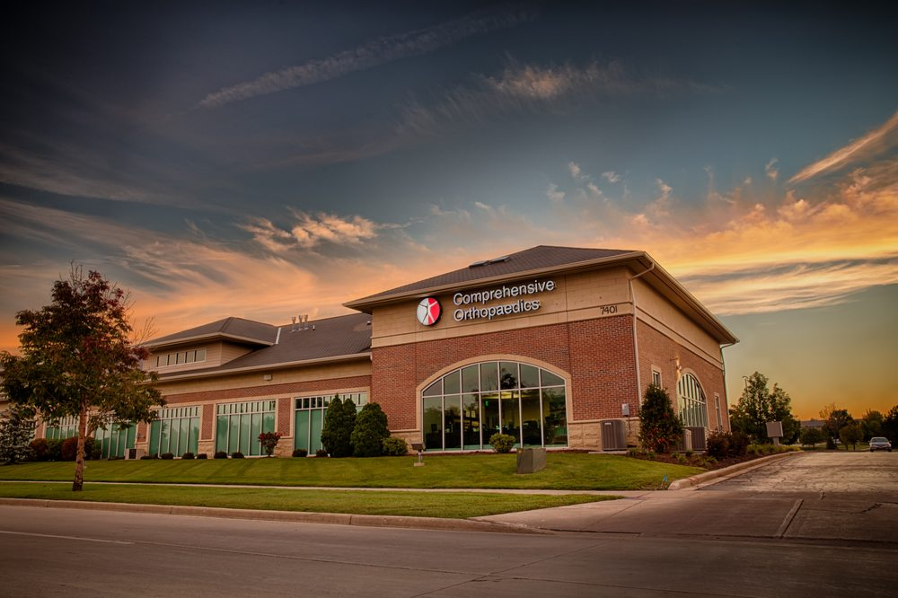 Comprehensive Orthopaedics, SC: 7401 104th Ave, Kenosha, WI