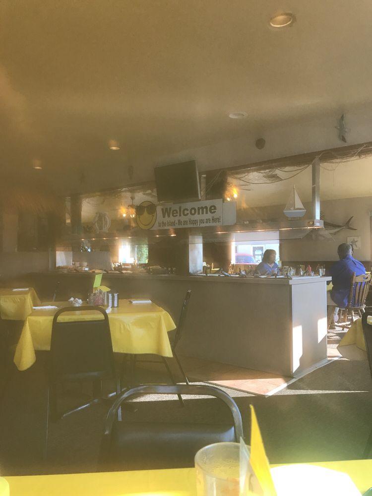Charlie's Island Cafe: 211 Angle St, Crivitz, WI