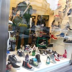 save off d398b b42ac Mina Sport Style - Articoli sportivi - Via Foria 52, Centro ...