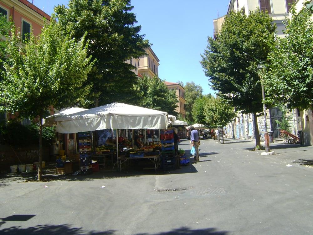 Foto su il mercatino del pigneto yelp for Il mercatino roma
