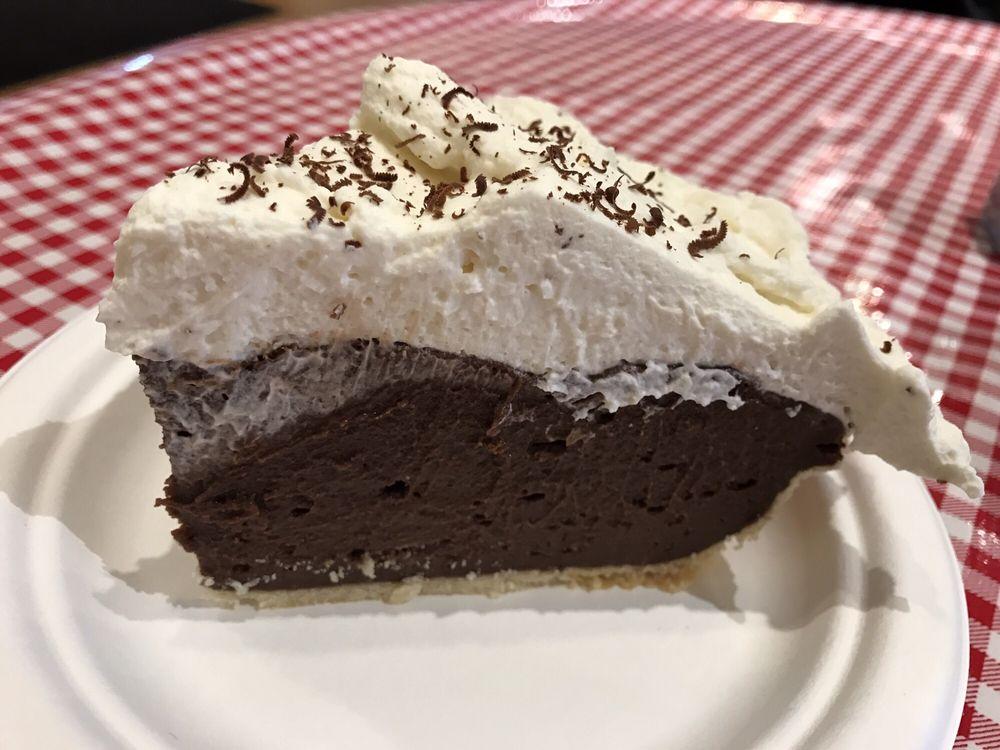 Stockholm Pie & General Store: N2030 Spring St, Stockholm, WI