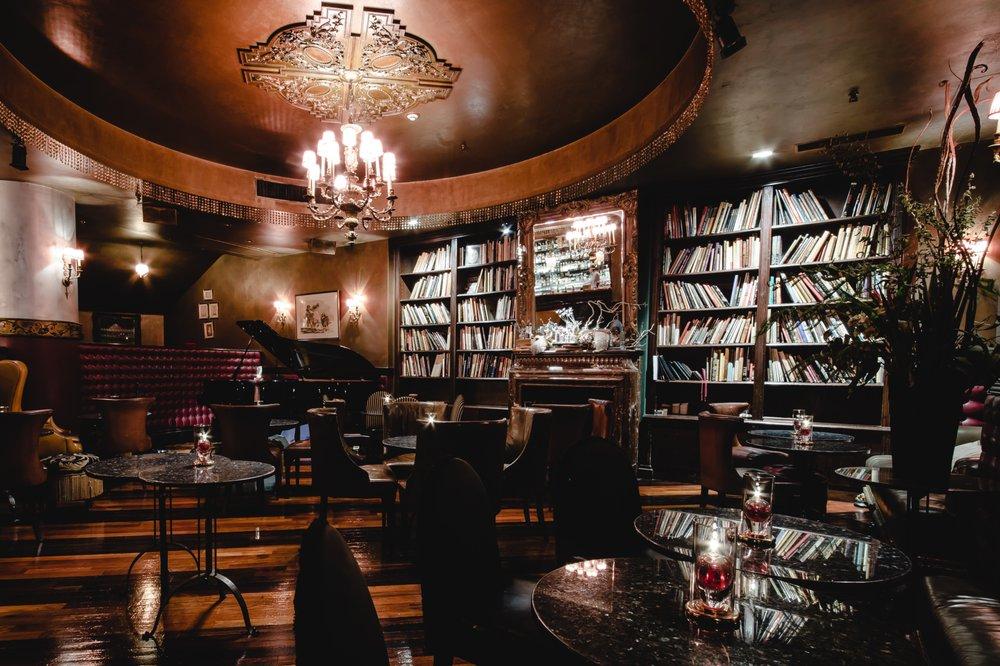 Tableaux's Lounge