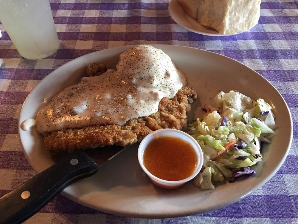 Y-Inn Cafe: 1200 Main St, Challis, ID