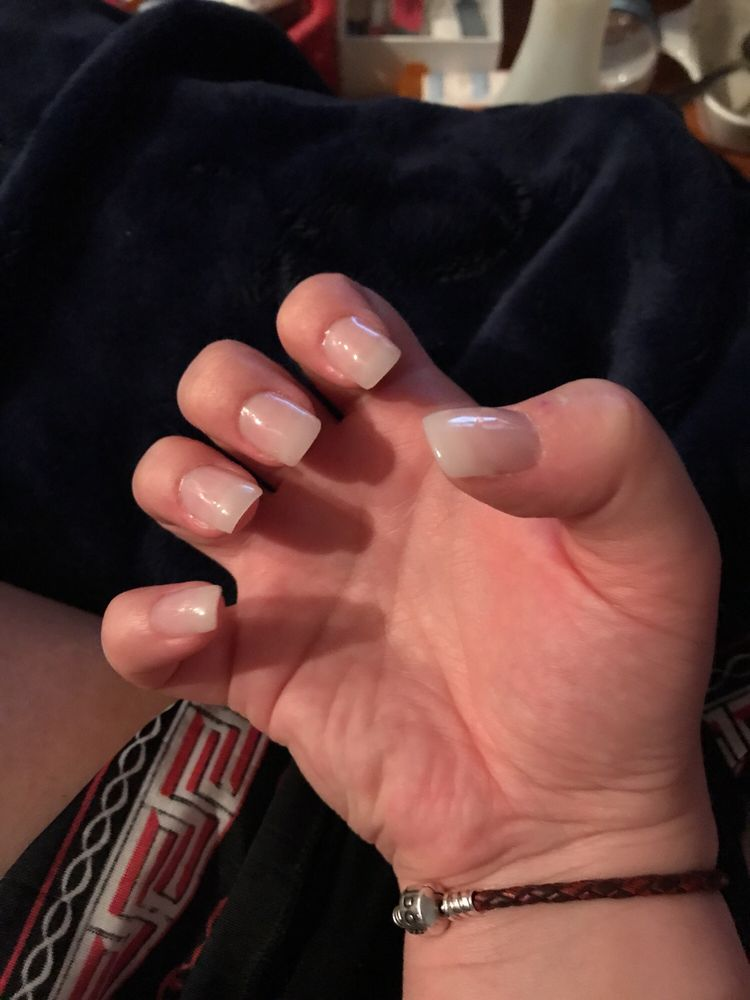 Modern Nails Posts: 14 Photos & 19 Reviews