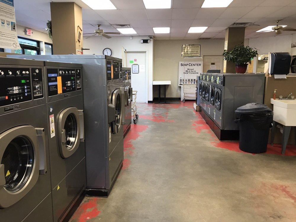 Clean & Brite Laundry: 303 Austin St, Jacksonville, TX