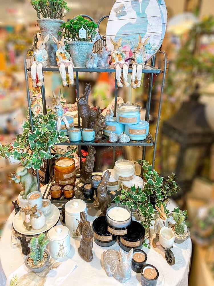 Seasons by Design & Jillayne's Boutique: 102 S Side Shopping Ctr, Chilton, WI