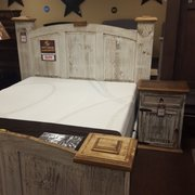 Rustic Dining Table Photo Of Chubbyu0027s Mattress   Corpus Christi, TX, United  States. Rustic White Scrape