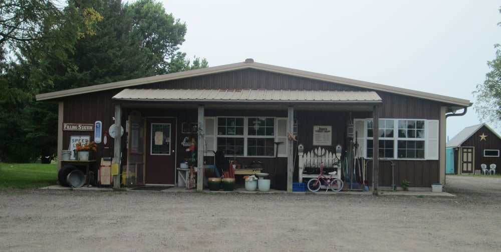 Jan's Thrift Shop: 1822 Western Ave NW, Faribault, MN