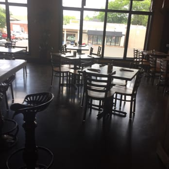Photo Of Primo S Mexican Restaurant Cartersville Ga United States Empty At 1
