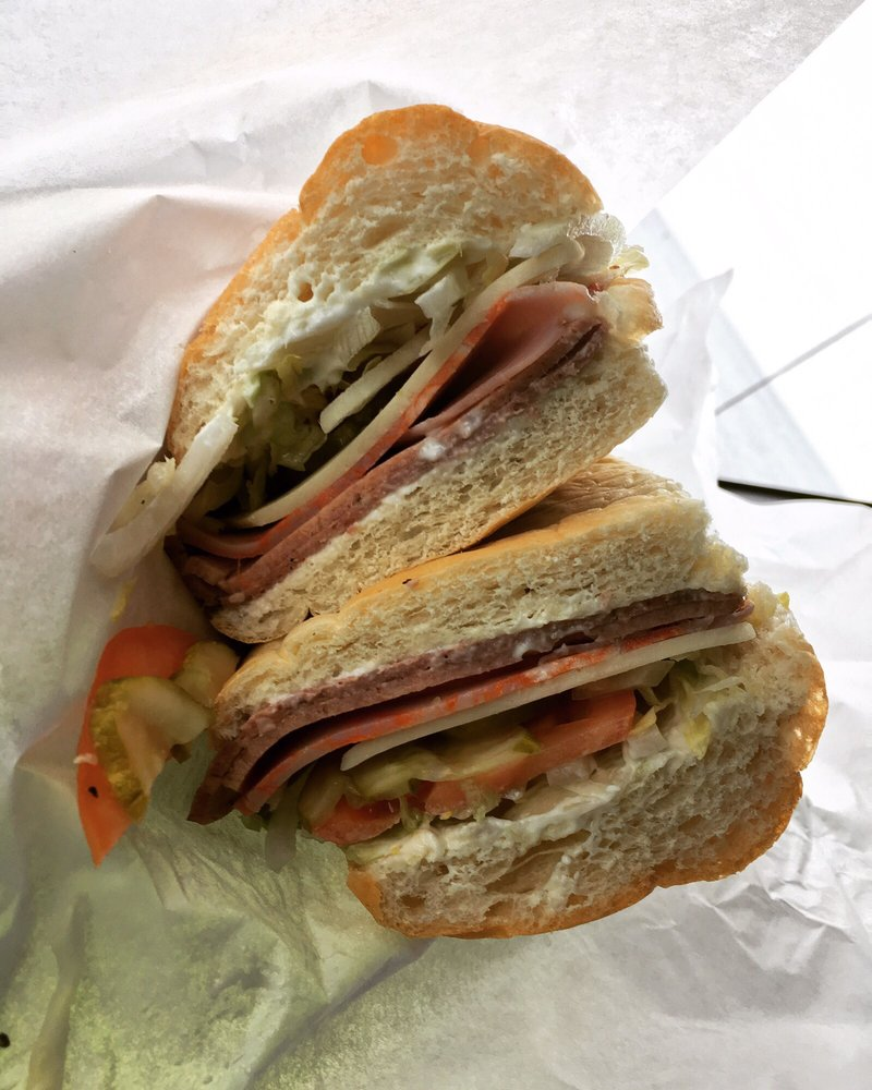 D&M Subs: 1606 Ludington St, Escanaba, MI