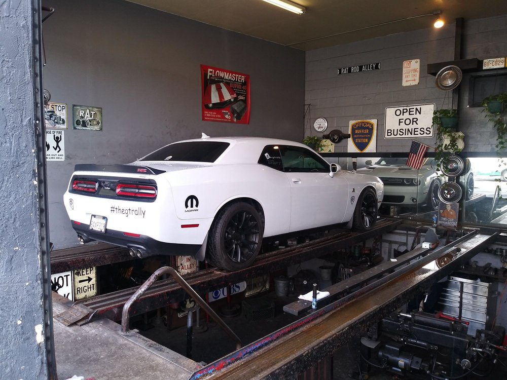 Dodge Challenger 392 Hemi in for some new Magnaflow Mufflers