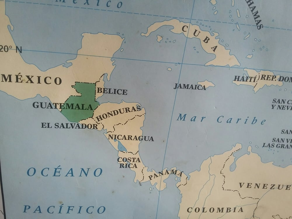Map On The Wall Guatemala Borders Mexico Atlantic And Pacific - United states map oceans