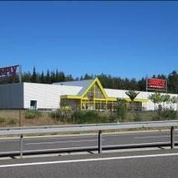 simply market supermarch s pont d 39 archa aumont aubrac loz re num ro de t l phone yelp. Black Bedroom Furniture Sets. Home Design Ideas