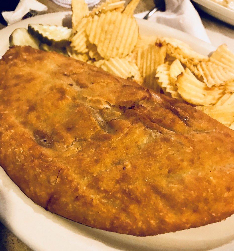 Frieds Family Restaurant: 1010 Boundary St NW, Mandan, ND