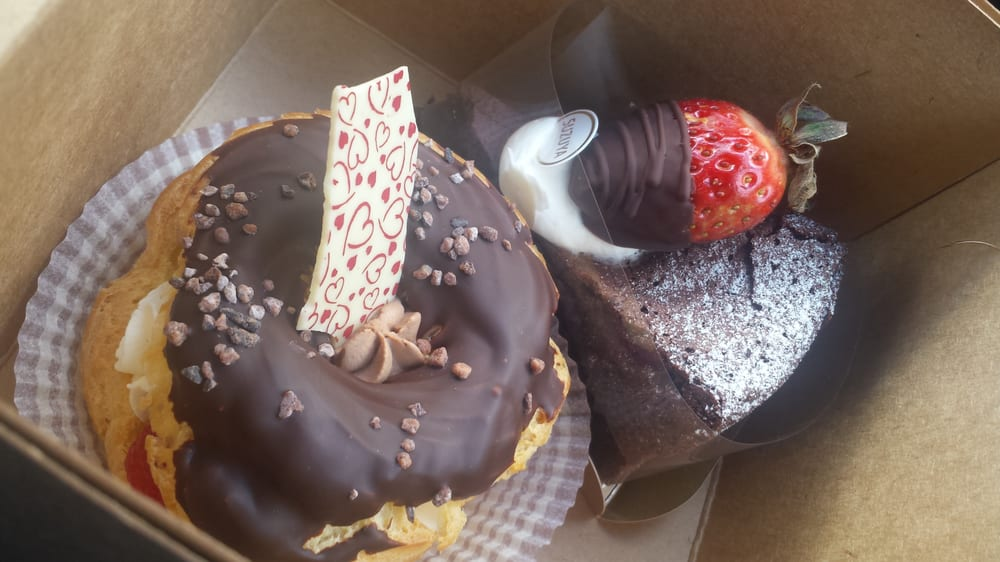 Gateaux au Chocolat and Mini St. Honore Valentine's Day Specials - Yelp