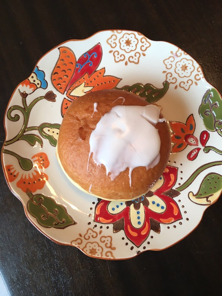 Vinewood Mexican Bakery: 988 Vinewood St, Wyandotte, MI