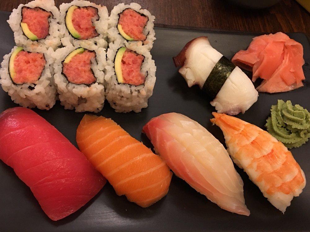 Akagi Japanese Restaurant: 1754 Central Park Dr, Okemos, MI