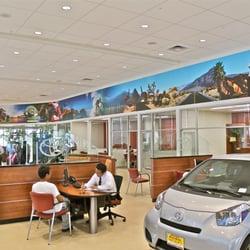 Moss Bros Toyota >> Moss Bros Toyota Of Moreno Valley 56 Photos 286 Reviews Car