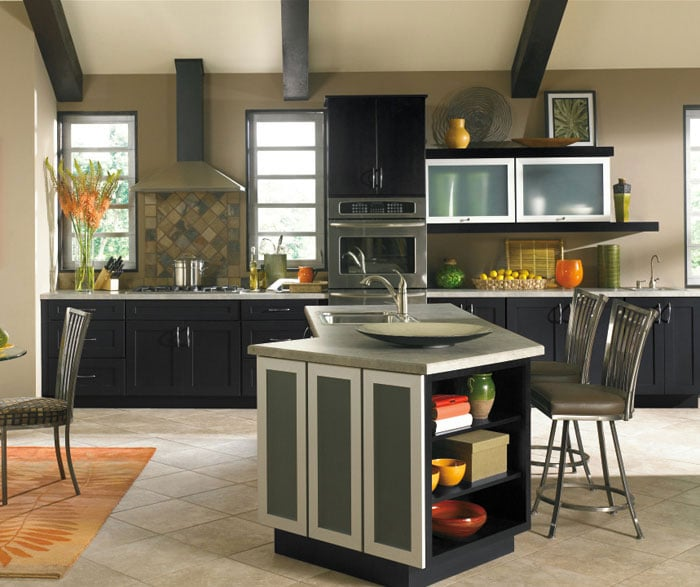 Beech Espresso The espresso kitchen cabinet goes well with ...