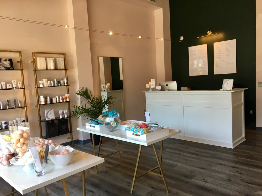 Bare Boutique: 419 S 1st St, Mount Vernon, WA