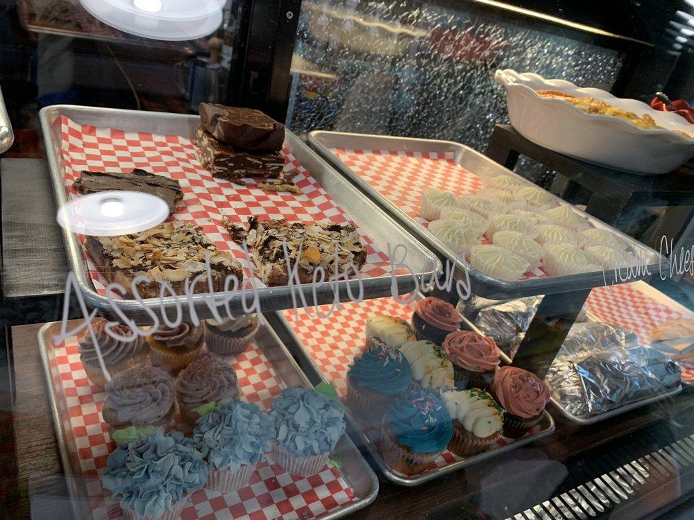 Battle Ground Sweet Shoppe & Bakery: 11 N Parkway Ave, Battle Ground, WA