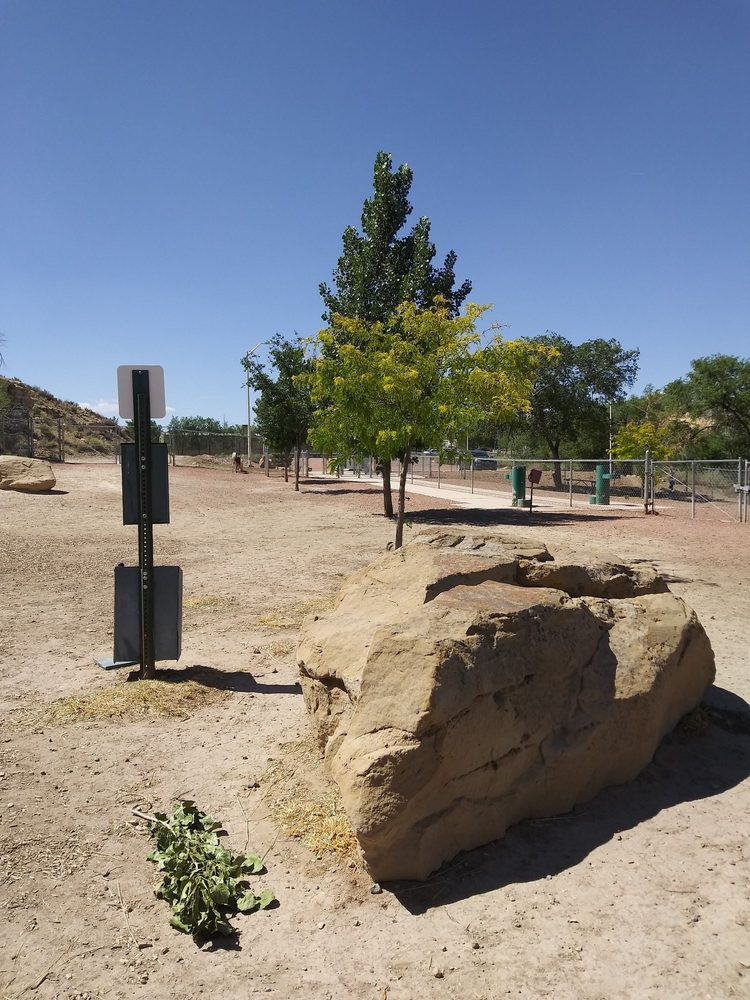 City of Gallup Dog Park: 801 S 2nd St, Gallup, NM